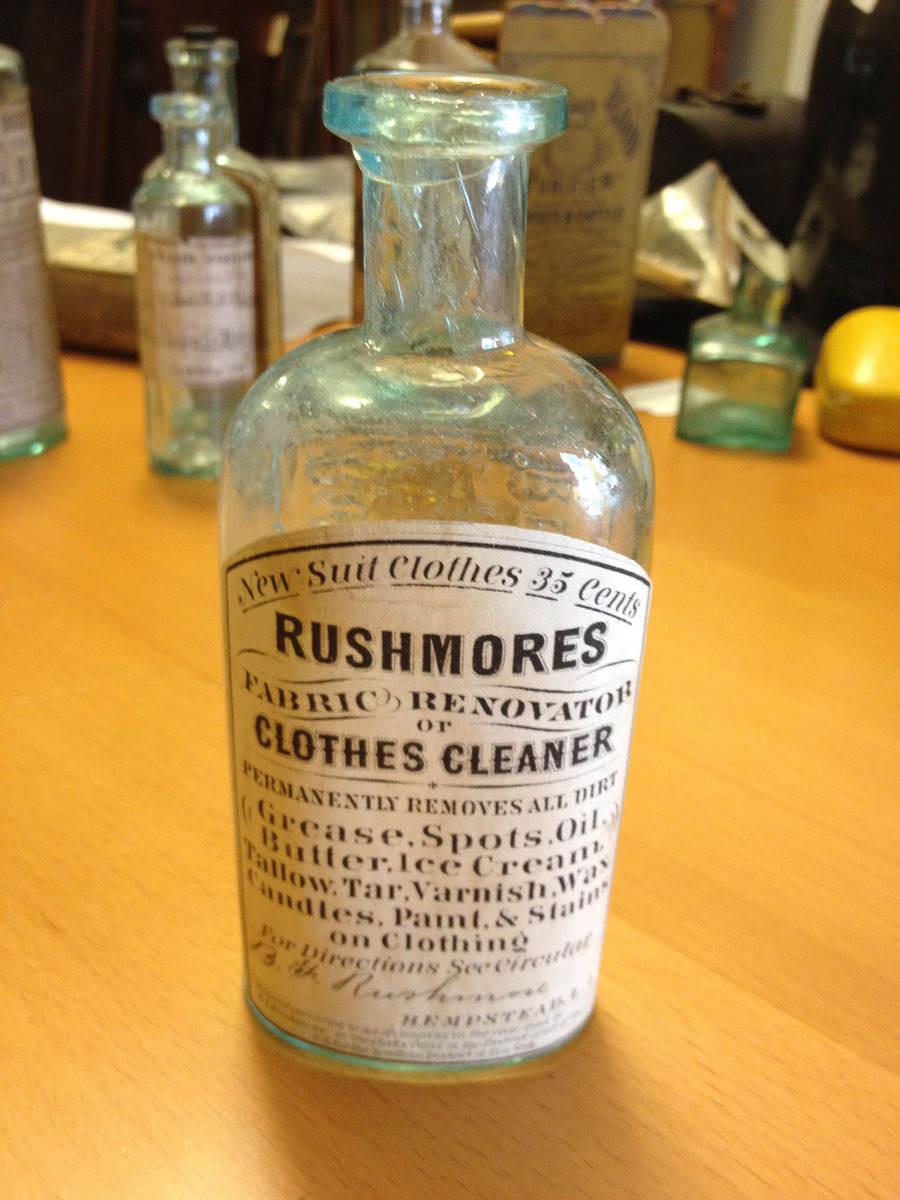 Rushmores Fabric Renovator or Clothes Cleaner