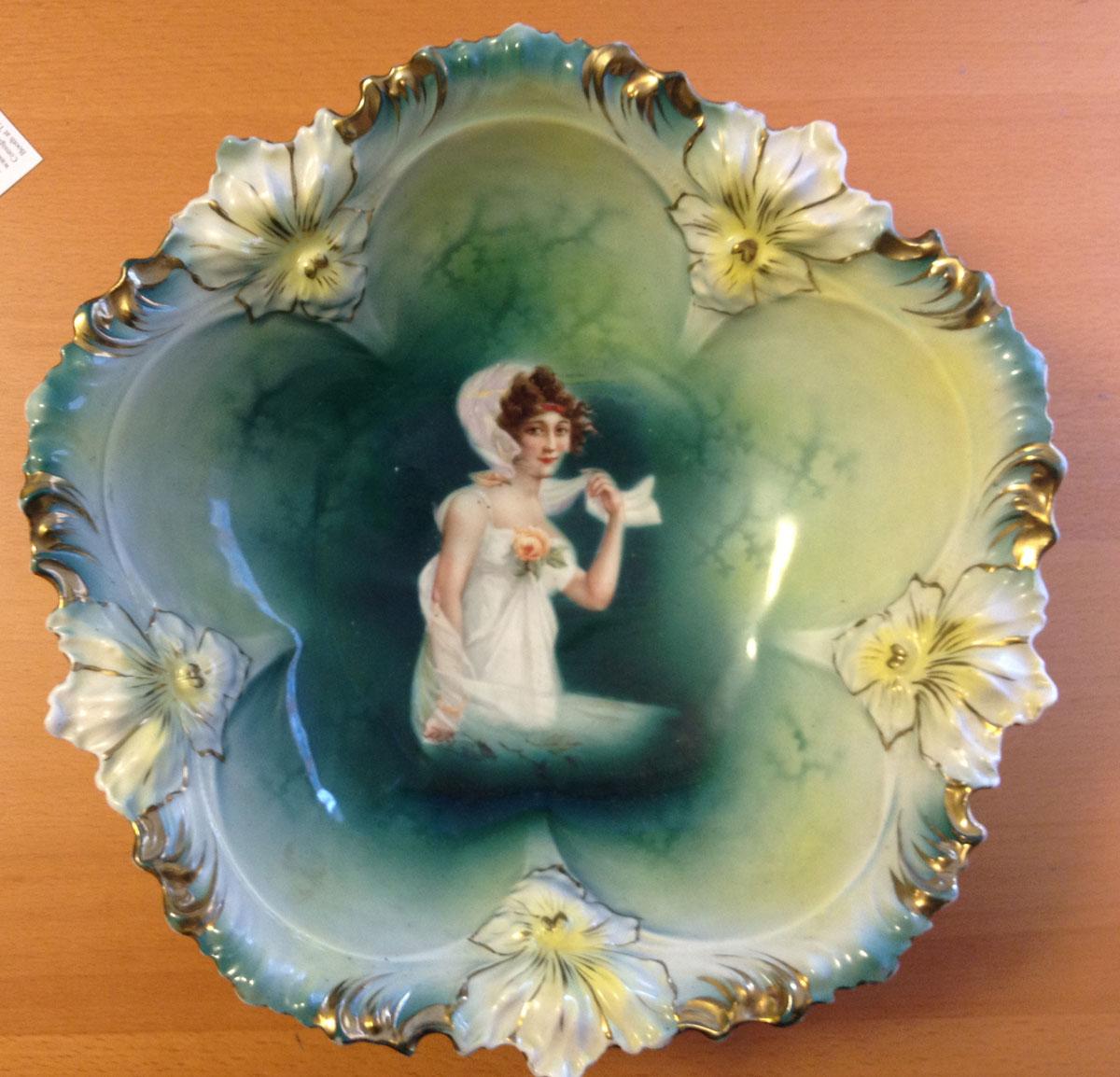 RS Prussia Porcelain Decorative bowl