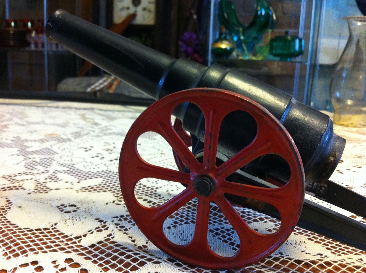 Big Bang Cast Iron Siege Field Gun