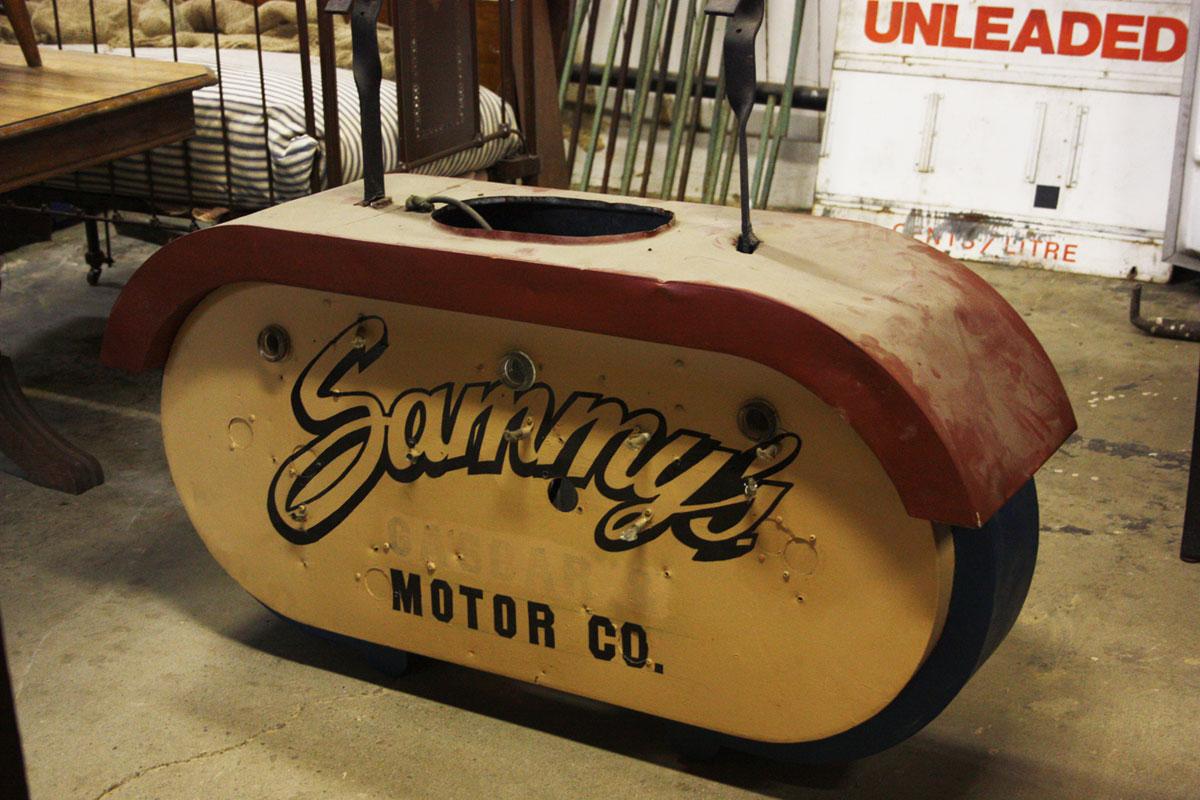 Sammy's Motor Company Sign