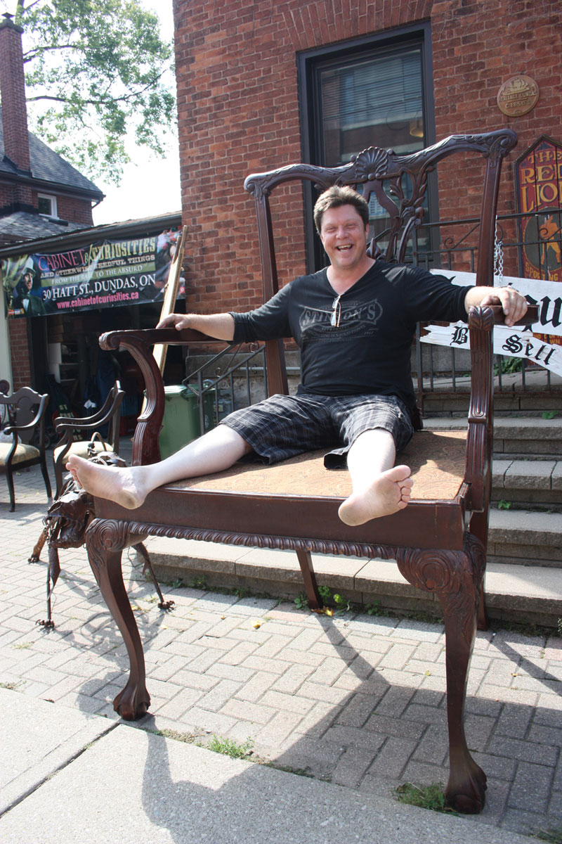 Dundas's Big Chair!